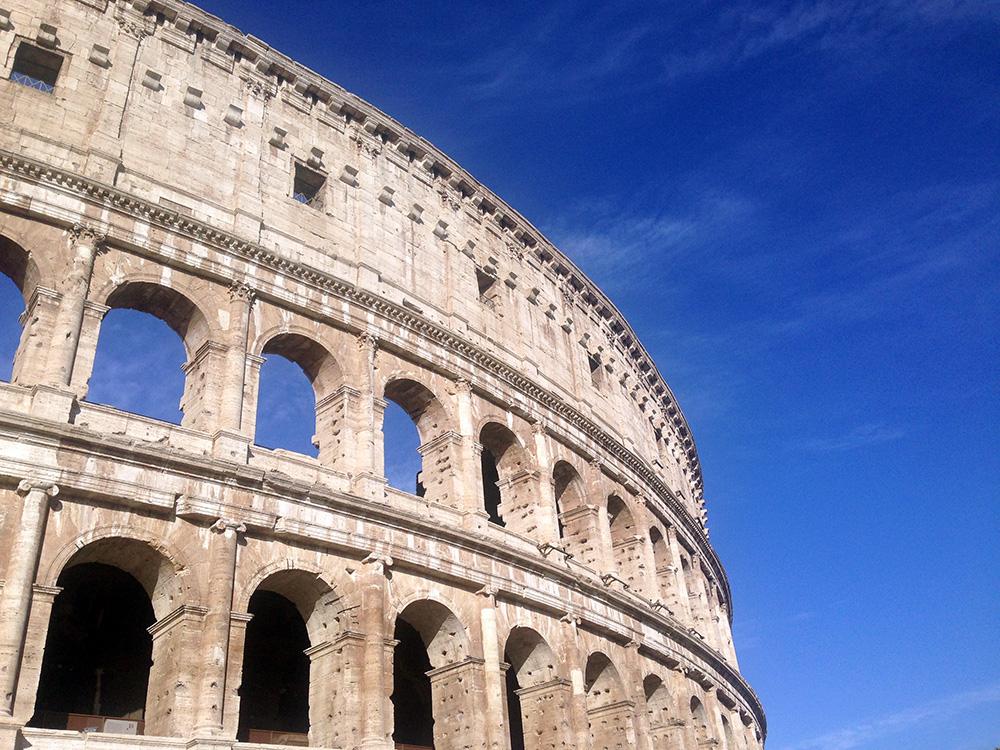 colosseum-facade