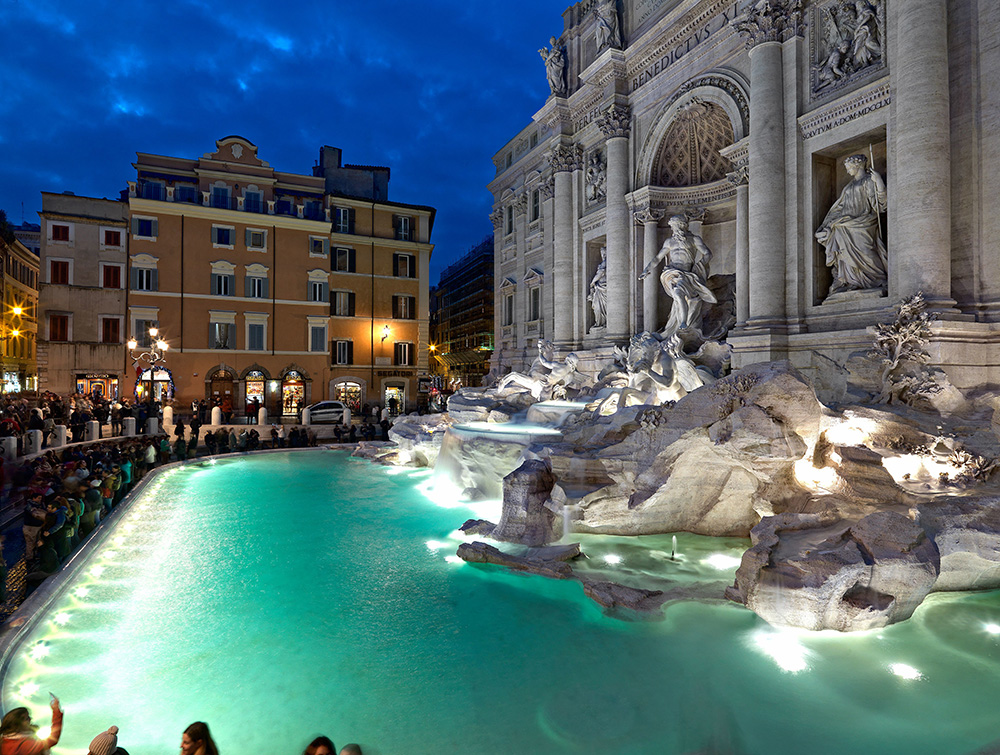trevi-fountain-night-and-lights