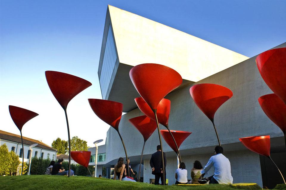 Maxxi Red Rome