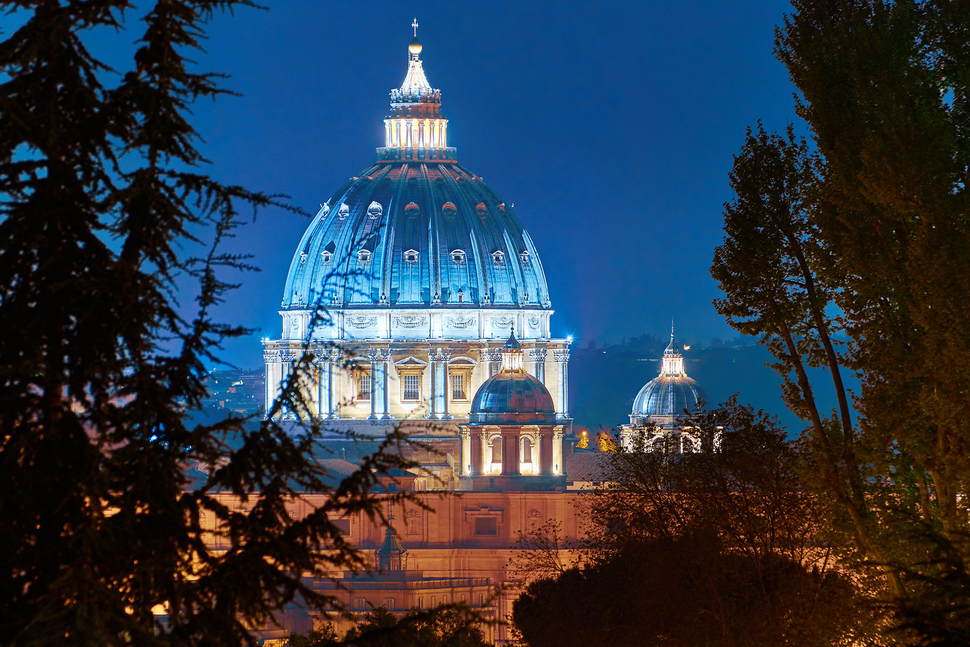 Saint Peter Rome Night