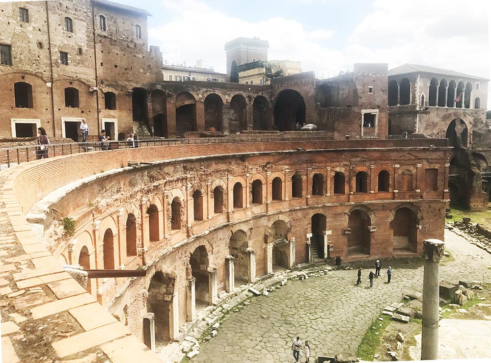 a shopping mall in ancien rome trajan market vavitour